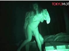 【青姦】キャンプ場管理人が青姦してるバカップルを赤外線で隠し撮りです!