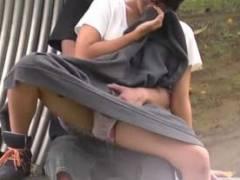 陰キャ中学生カップル、公園で手マンしてる所を撮られ流出してしまう…【エロ画像40枚】