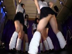 桜ちなみ 玉城マイ ミニスカセーラー服のルーズソックスJK集団!パンチラしながら踊りまくる