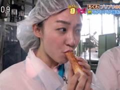杉原凜アナが大きなちくわ咥えてエロい擬似フェラチオ食べ顔キャプ!日本テレビ女子アナ