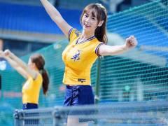 台湾プロ野球にまた新たな巨乳チアリーダーが発見される