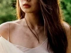 【片山萌美】決意の全裸ヌードGカップ乳房by写真集「Rashin 裸芯」