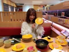 AV女優・桃乃木かなさん、スシローで22皿くらい平らげる