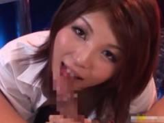 春咲あずみ 可愛い衣装のピンサロ嬢が手コキやフェラで性サービスする主観動画