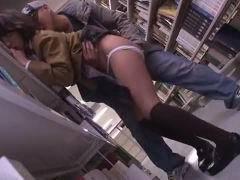 図書館で見つけたおとなしそうなJK女子校生jkを狙った計画的犯行の痴漢レイプでロリロリを犯す変態おじさんの鬼畜行為!