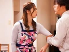 夫と喧嘩し交換夫婦した美熟女妻が寝取られ浮気セックス! 三浦歩美