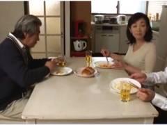 【人妻】夫より義父のおチンチンの方がきもち良い奥さま!