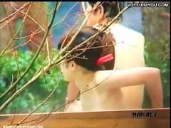 【風呂+女子大生+岩風呂】ちょっとカメラを疑っています!セクシーな女子大生がグループで入浴しています。