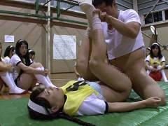 女子高の球技大会に潜入して時間停止!無邪気なワレメを次々弄ぶオヤジ|小西まりえ 白桃心奈
