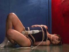 裕木まゆ スクール水着姿で緊縛されたスレンダー美少女を調教!電マを固定され放置プレイ
