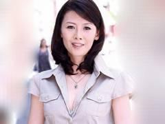今人気の40代美乳熟女女優「竹内梨恵」のひと昔前の初撮りドキュメント 羽鳥澄香