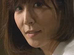 澤村レイコ 彼女の母親とセックス三昧の青年