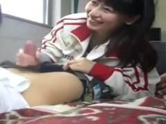 【個人撮影】野球部の部室で女子マネとヤッちゃってるリア充動画が流出wwww