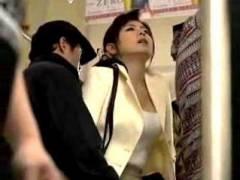 【三浦恵理子】 奥さんから触って大胆だね!これを入れて欲しいのか!