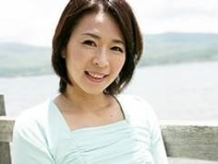 夫に嘘をつきパート先の上司と日帰り不倫旅行に出かける四十路妻 矢部寿恵