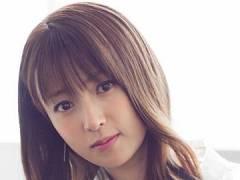 深田恭子、カワイすぎるエプロン姿でツンデレ風の看板娘。