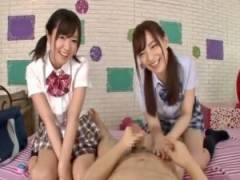 制服イメクラで2人の美少女がヌルヌル手コキでご奉仕[桜井まほ 村上りおな]
