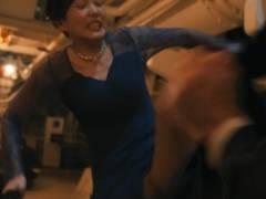 本田翼のパンチラどころかパンツ丸見えキャプ!月9ドラマ絶対零度でスカートで足上げてエロ股間とパンティーモロ見えハプニング!