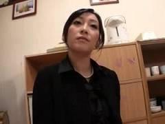 【青山祥子】久し振りのセックスに喪服正装しちゃう四十路奥様!肉欲を抑え切れずに他人棒に激ピストンおねだり【TAKA】
