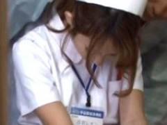 働き者で人気の美人ナースさんうっかり眠っているところに夜這いレ○プ