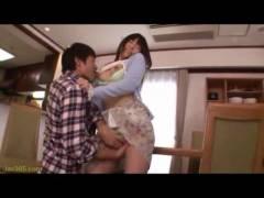 【動画】大好きだけど淡白な夫に欲求不満の人妻つぼみが誘惑してパコ!