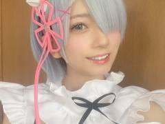 【画像】AV女優・七沢みあさんが「Re:ゼロから始める異世界生活」のレムのコスプレ これはえなこ超えたか?