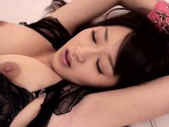 美里有紗 癒し系フィギアボディの美少女が互いの粘液を求め合う求愛SEXを魅せる