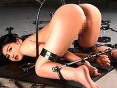 小野寺梨紗 犯すために開発された鋼鉄の拷問具に完全固定される美女