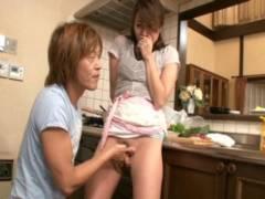 山本美和子 父親が在宅中にも関わらず痴態を繰り返す母子!いやらしい音だけが響わたる!