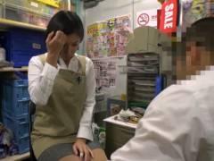 西荻窪のスーパーから流出!仕事でミスをしたパートさんに股を開かせる店長のパワハラ鬼畜映像!