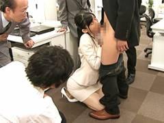 黒川すみれ 高身長、美人、仕事もできる。3拍子揃ったOLが男子社員の性処理係