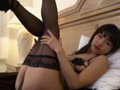ミスFLASHグラドル永井里菜、乳首しか隠れない変態ブラをくすぐり愛撫責めww
