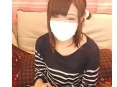 同居の親にバレないようにこっそりオナニー配信してる女の子が超カワイイ ☆ ライブチャットエロ動画