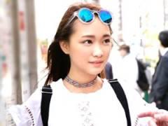 赤面しまくるアジア系のインターナショナル娘!小ぶりなオマンコを電マで責められまくってヨガリまくっちまう!