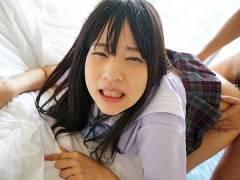 【ロリ】「私おっぱい出ないよ?」Aカップちっぱいを中年男にしゃぶられて乳首勃起させて喜ぶ少女wあべみかこ