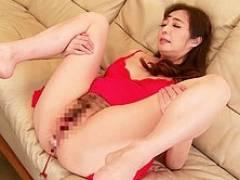 五十路美熟女・音羽文子が56歳での人生初アナルセックスでイキ狂う!
