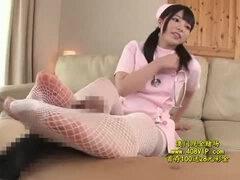【看護婦 ナース】上原亜衣 ドM男さん必見!ナース服で顔面に聖水をかけちゃいます!