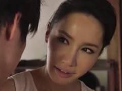 滝川恵理 伊東紅 スレンダー美熟女がジュポジュポ音たてフェラ手コキで射精させる