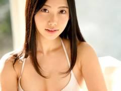 影山さくら ムッチリ美尻がソソるAV女優画像