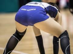 【バレー透け尻】女子バレーというプレイ内容よりも女子選手の透けパンを楽しむだけの競技、アスリート尻最高wwwwwwwwww(画像30枚)