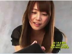 【初川みなみ】可愛い美少女が凄テクを使い男の潮吹きさせる!