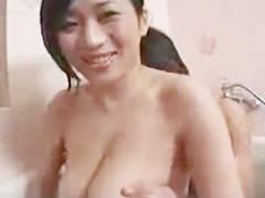 【北原夏美】「お母さんと洗いっこしようか…」息子とお風呂で弄りあうお母さん