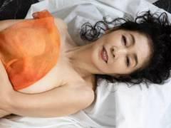 児島美ゆき68歳が乳首出しヌード! ギリいけると話題に!