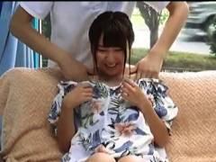 【マジックミラー号】オフショルダーのアイドル顔のお姉さん!デカパイをマッサージでイキまくりです!