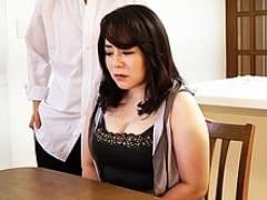 ぽっちゃり四十路妻が借金取りに自宅で犯され精液をぶち込まれる 牧村彩香