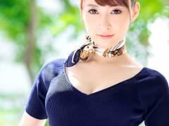 青山翔 超美脚の人妻CA女優画像