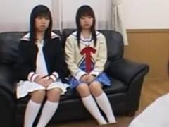 【超ヤバイ・姉妹丼】JCらしき姉妹が乱交で処女喪失しちゃう一部始終