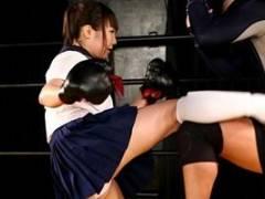 大島るり スポーツ美女がリングの上で恥ずかしい姿に!おっぱい舐められパンツを濡らす