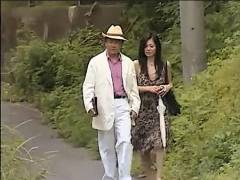 【ヘンリー塚本】不倫温泉!派手な中年男女がバス停、温泉、旅館でファックする!浅宮ゆかり
