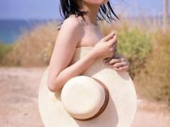 【過激画像】欅坂今泉が半ケツを晒してヲタに叩かれるwwwwww